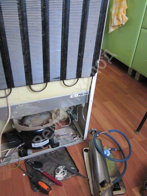 Замена испарителя холодильника своими руками 97